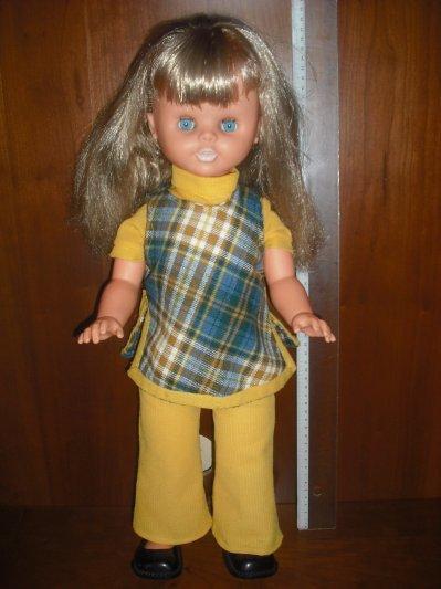 Une jolie poupée