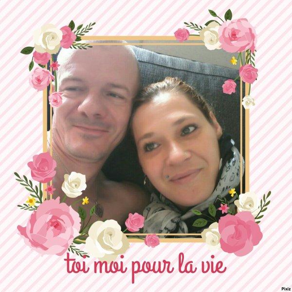 Je suis yper heureuse et amoureuse de  Mon future mari d'amour je l'aime jamais je me suis senti aussi heureuse