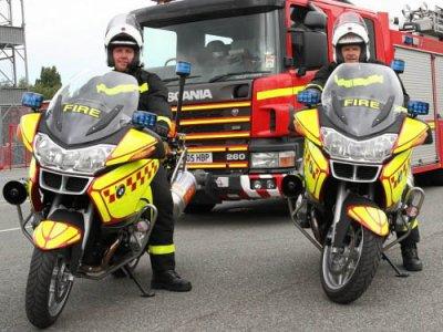 Des BMW R1200RT pour les pompiers anglais