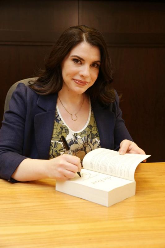 """Séance Dédicace chez """"Barnes & Noble"""" (Photo partie 1)"""