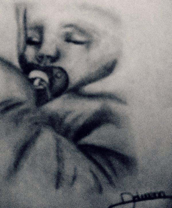 Petit portrait de ma nièce :)