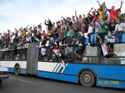 lés algeriennes kamikaz