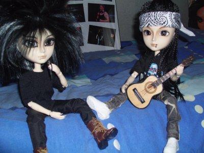 Les Mini Kaulitz font HUMANOID en acoustic =)