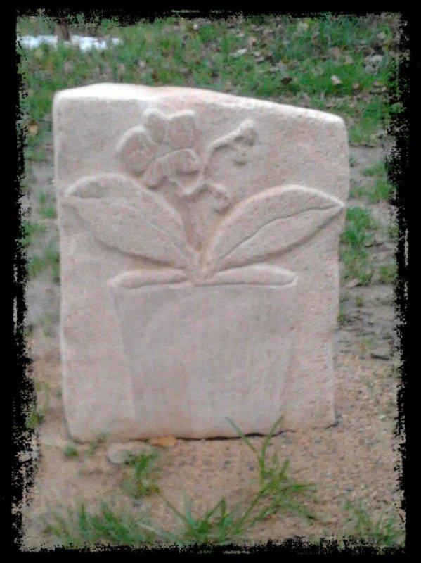 bas relief en pierre