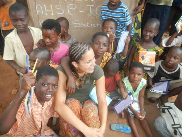 Artisanat Africain / intégration familiale / loisir avec les enfants à Tsévié