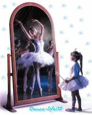 Un miroir un reflet bienvenue au pays imaginaire for Miroir qui se colle