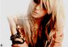 Taylor Momsen :)