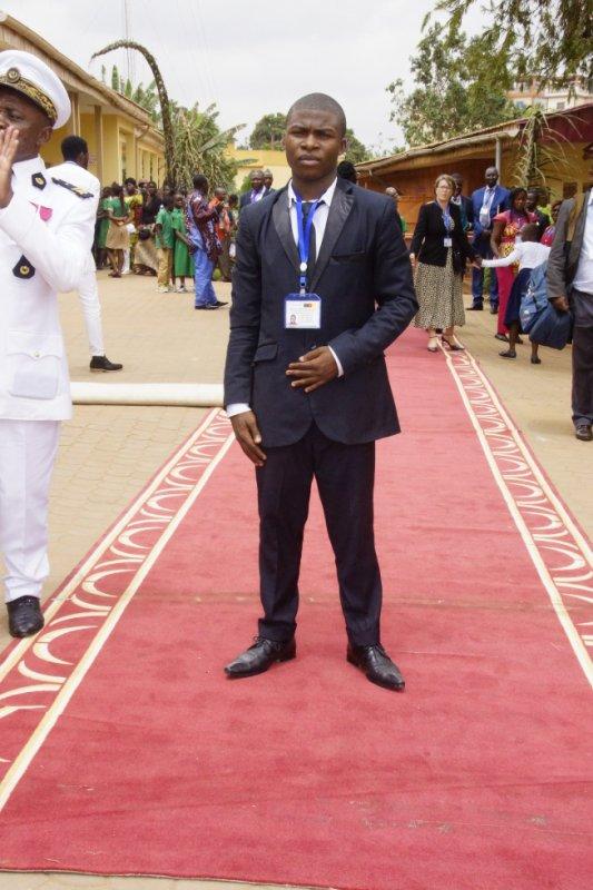 A La Visite de La Fille du President Italien Au Cameroun