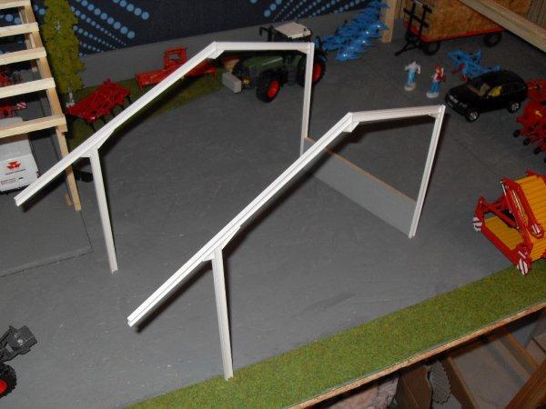 Hangar BAA 32 en kit : debut du montage