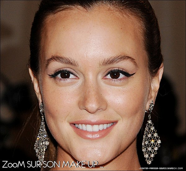 ". 2 Mai 2011 : Leighton à assister à l'évènement"" The Metropolitan Museum of Art Costume Institute Gala"" _ Top ! ."