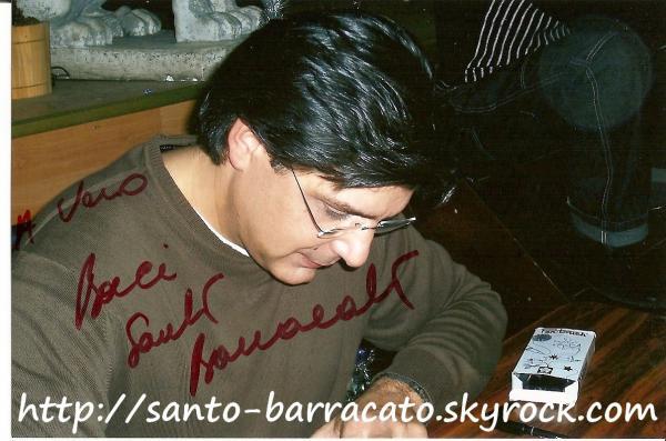 Un petit autographe de Santo Barracato ?