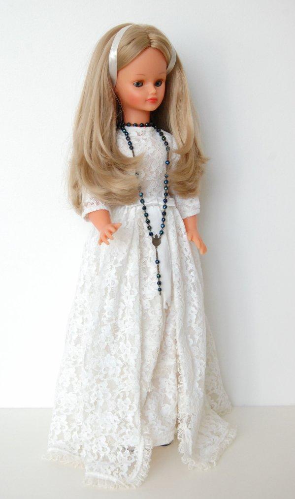 Claire en robe de mariée cathie bella 1970