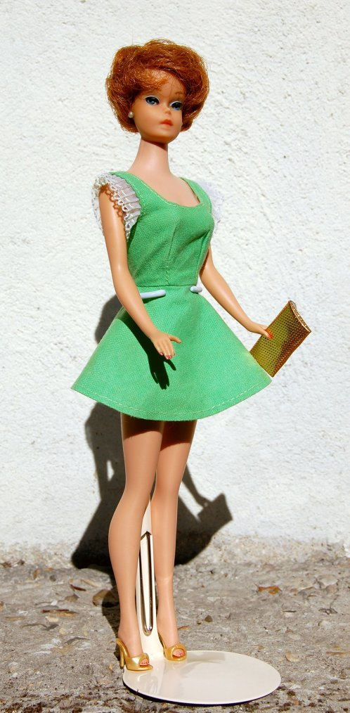 barbie bubble cut a une nouvelle robe