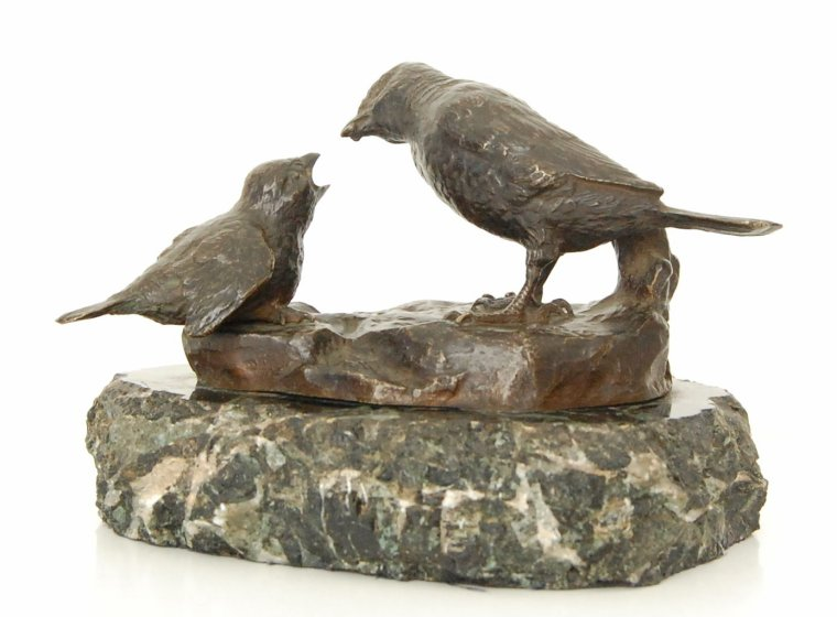 bronze animalier, oiseau nourrissant son petit
