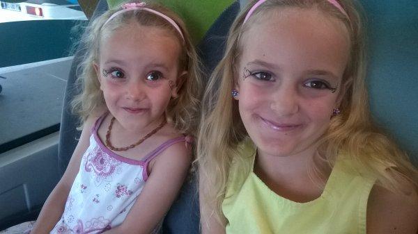 mes douce princesse 👸 ma petite Priscilia et ma Phoebee d'amour