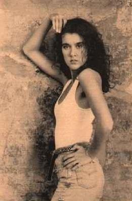 """Premier album en anglais en 1990 pour Céline avec """"Unison""""..."""