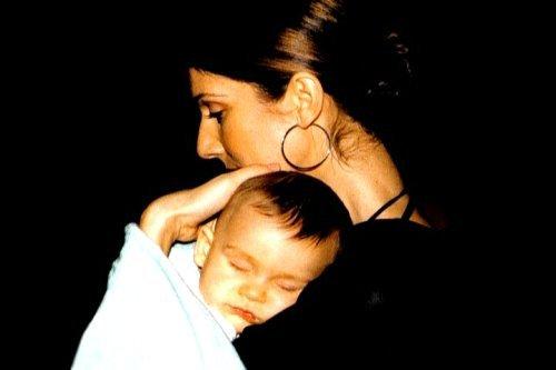 En 2002, Céline Dion est de retour après deux ans d'absence...