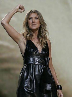 En 2006, Céline Dion continue sa série de concerts à Las Vegas...