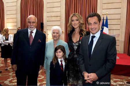 Le 22 mai 2008, Céline Dion a reçu la légion d'honneur...