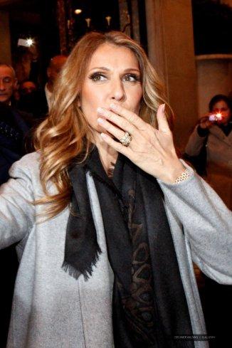 Céline Dion de retour à l'hôtel à Paris - 27 novembre 2012