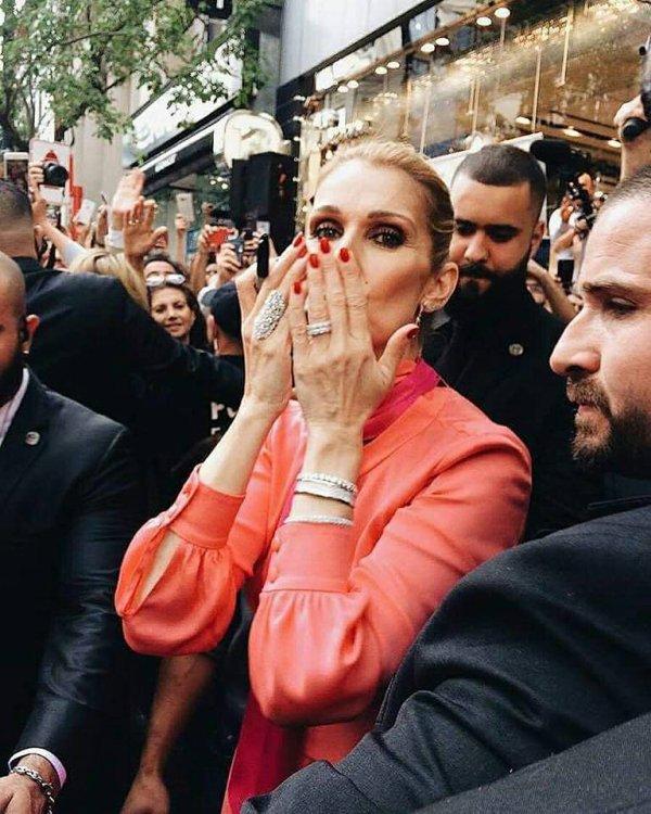 Céline Dion : Draguée et interrogée sur sa vie privée... sa drôle de réponse...
