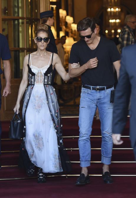 Pepe Munoz, très proche de Céline Dion: « Je travaille encore avec la « Titanic Lady », mais plus comme danseur... »