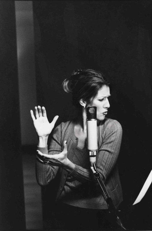 """Céline Dion : Cet """"hymne à l'amour qui résonne toujours"""" 20 ans après..."""