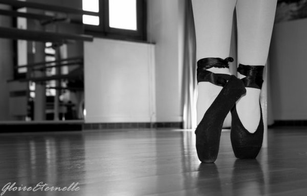 « La danse, mieux qu'aucun autre des arts, peut nous livrer l'essentiel des mythes. » Gloire Eternelle