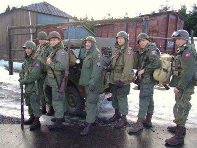 D'autres groupes présent à la marche. Le 505 PIR (82nd airborne) ( http://usardenne44.skyrock.com et ardennes505pir ) -  Photos de Frank Mesu