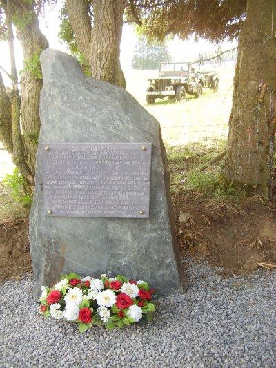 Inauguration d'une stèle à Regné (Vielsalm) - L'histoire d'une jeep avec remorque détruite par un char allemand le 24 décembre 1944