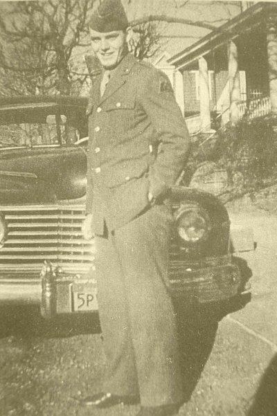 Private Justus T.Schreiber - Troop « D » du 87ème bataillon de reconnaissance blindé. 7ème Div.Bl.