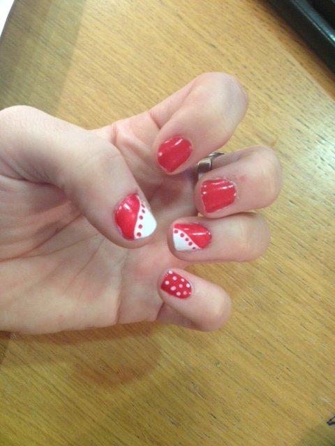 Nail-art Rouge et Blanc