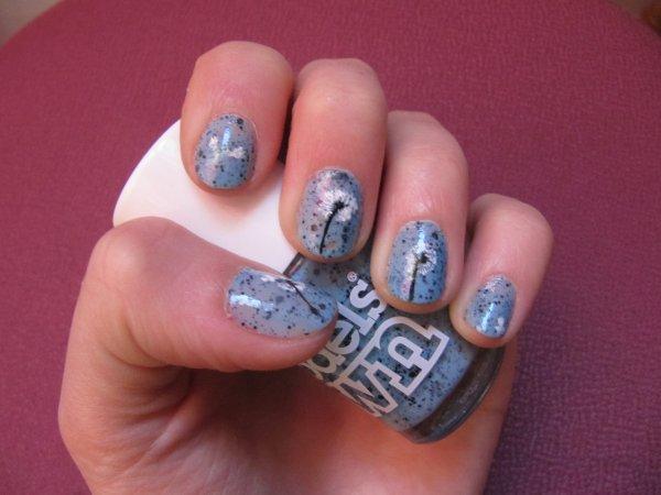 Nail-art pissenlit