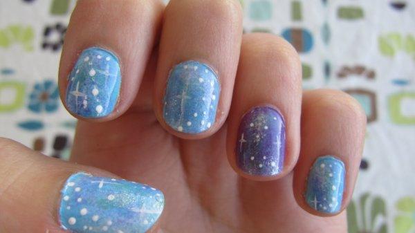 Galaxie couleurs pastelles