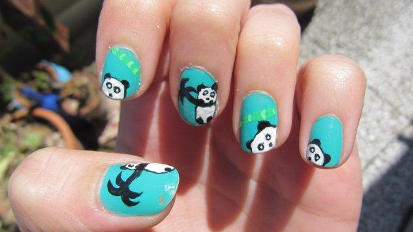 Nail-art Panda
