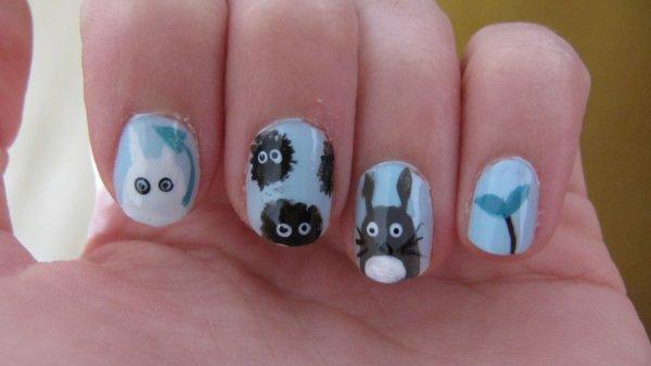 Nail-art Totoro