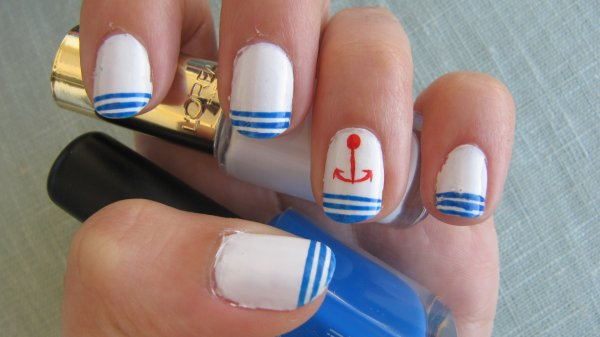 Nail-art marin