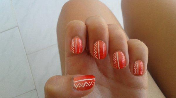 Dégradé corail et rouge + nail-art