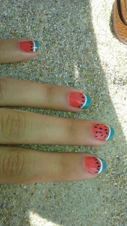 Nail-art pastèque