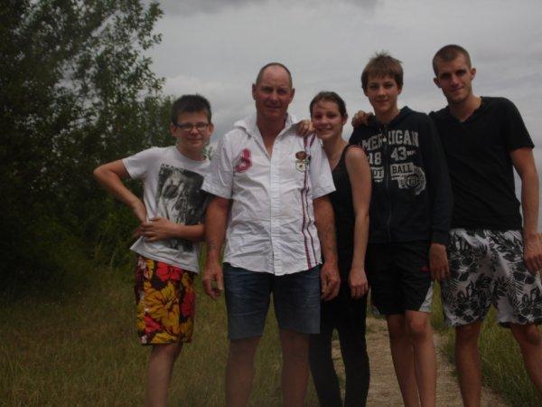 Mes 3 fréres et mon papa <3