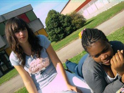 AMINA & MOI