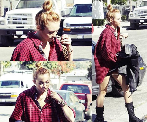 Le 26 Mai 2012 •  Miley a été aperçu allant à un studio d'enregistrement à Los Angeles. Selon certaines rumeurs son nouvel album s'intitulerait « Breathe On Me » ( Respire en moi ) Mais cela n'a pas encore été confirmé.