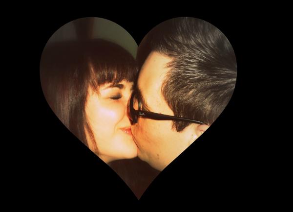 Besoin de tes câlins. De tes baisers. De ton c½ur, de ta chaleur.De ta douceur, de tes mots doux. De ton amour. Besoin de toi tout simplement!
