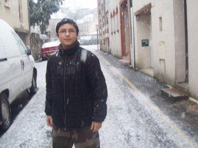 vla ti pas qu il neige lol