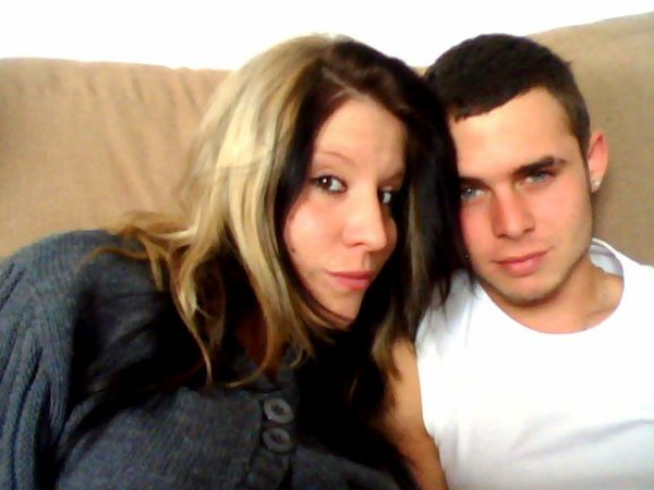 mon fiancé et moi <3