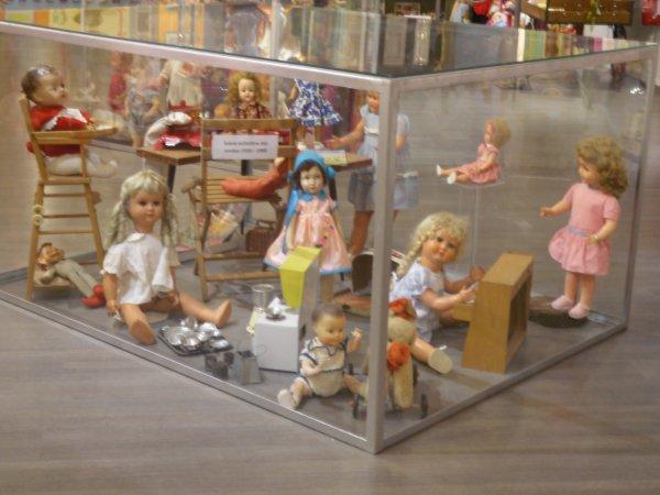"""Musée """" Les Poupées de Mémé Maryvonne """" Montélimar 26"""