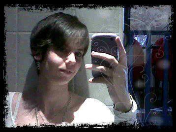 moi mtn avec les cheveux court