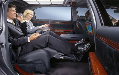 L 39 interieur d 39 une voiture de luxe le blog de moi lol for Interieur de voiture