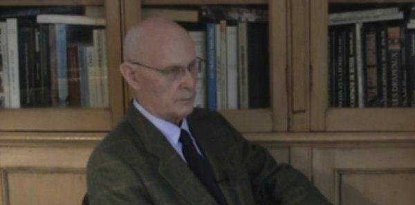 Suicide à Notre-Dame : Venner, itinéraire d'une éminence brune