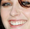 Kristen-returns,voici ta création et ta planche d'icons!